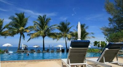 thailand koh lanta budget hotel swiming pool with kids family travel