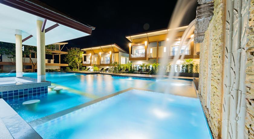 thailand koh lanta with kids swiming pool hotel family travel