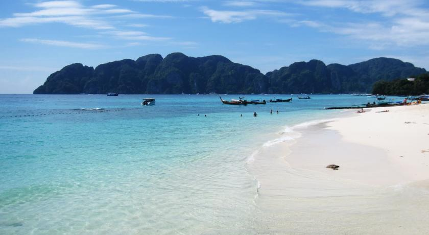 koh phi phi with kids thailand beach paradise