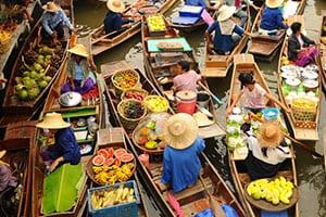 Activites avec des enfants marché flottant à Bangkok