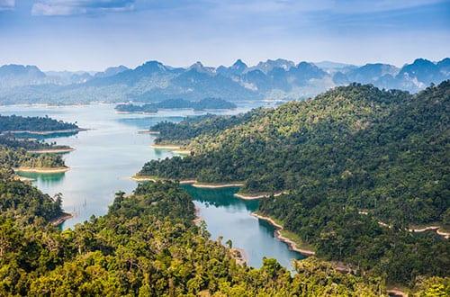 Khao Sok lac - drone - Thaïlande