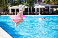 Thaïlande bébé piscine - voyage famille thailande
