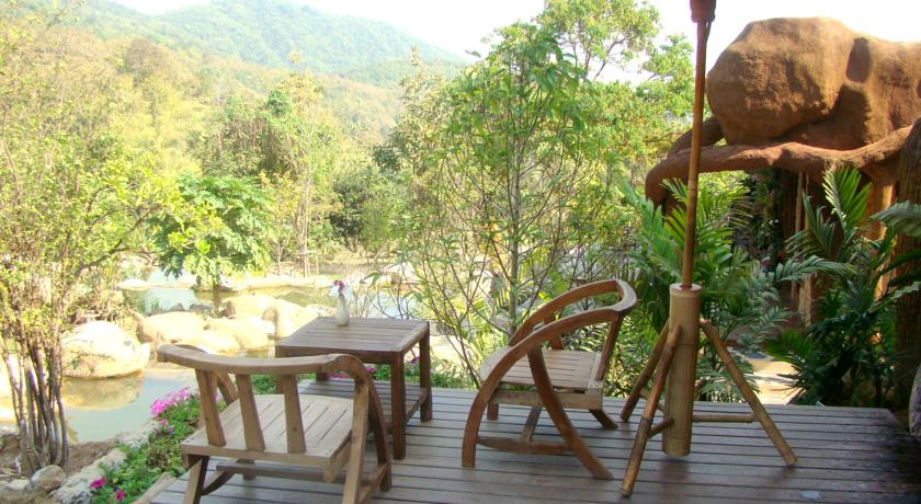 chiang rai hotel thailand family travel with kids