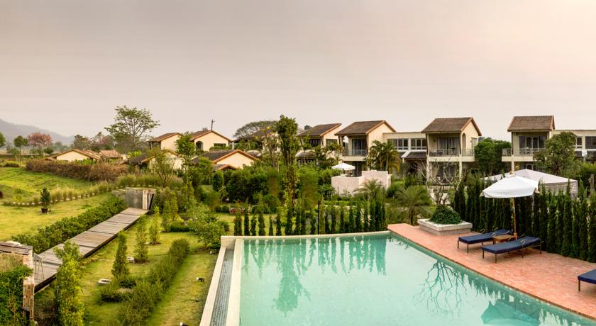 pai thailand north hotel swiming-pool family travel with kids