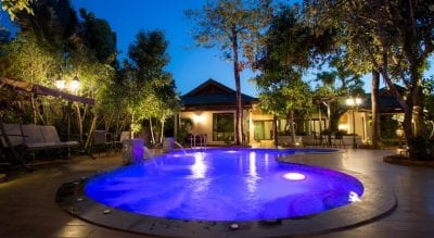 hotel swiming-pool sukhothai thailand family travel with kids