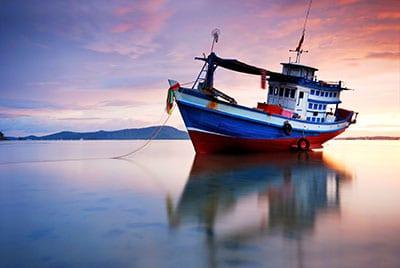 Koh Phangan en famille - Koh Phangan - thailande - bateau de pécheur