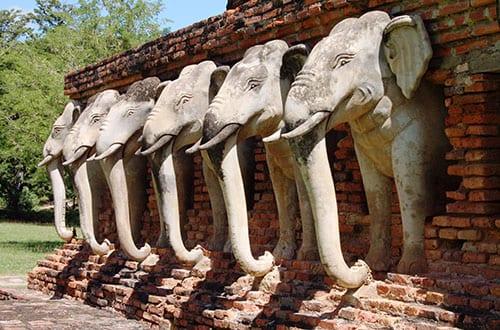 Sukhothai en famille - activité avec des enfants - temple - éléphant - promenade en vélo