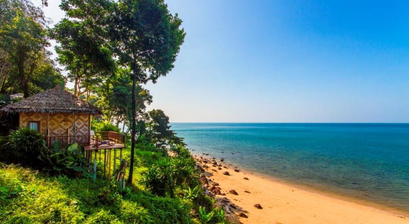 plage deserte - koh jum - thailande du sud - bungalow - charme