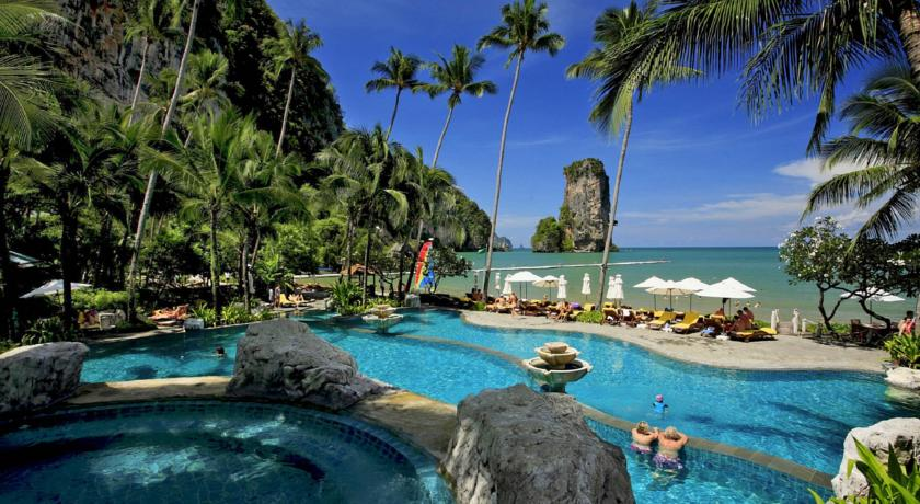 Ao Nang centara-hotel ideal en famille-piscine-paysage-plage