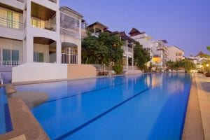 hôtel piscine pattaya - hotel pas cher piscine pattaya - pattaya avec des enfants