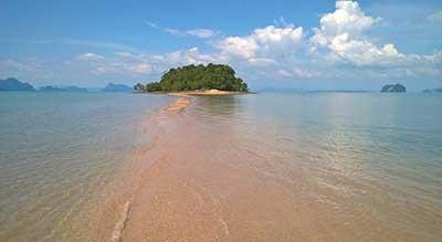 ile deserte-authentique-thailande-famille