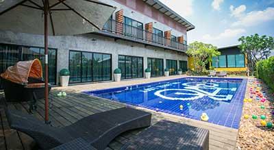 HUA HIN AVEC DES ENFANTS - hotel piscine - arbre - jeux pour enfant