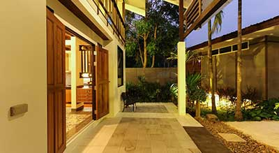 hotel a phuket - thailande-villa-terrasse-jardin-chic