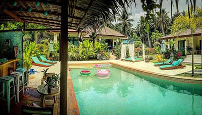 koh phangan-hotel-francais-piscine-paillote