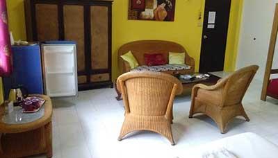 guesthouse francophone-koh tao-chambre famille-salon
