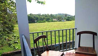 hotel francais thailande-phuket-terrasse-vue-paysage-calme