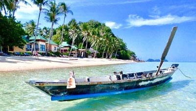 hotel francais-koh phangan-thailande-plage-mer-cocotier-bungalow-bateau